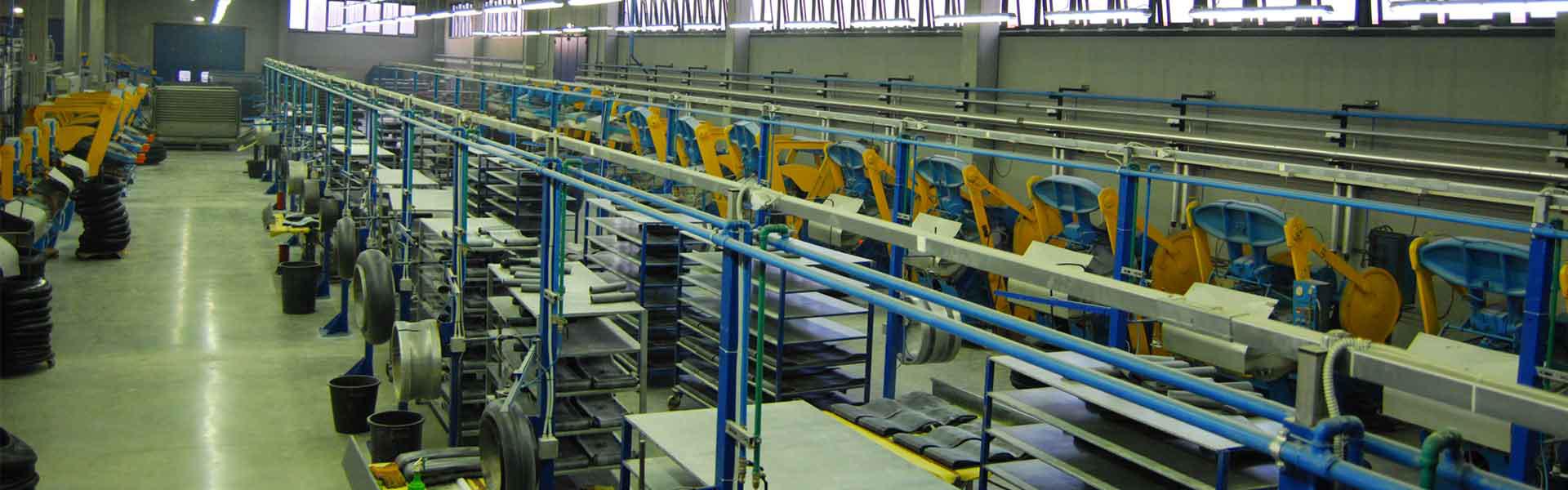 Foto laboratorio stabilimento Anagni MAE Industria Gomma